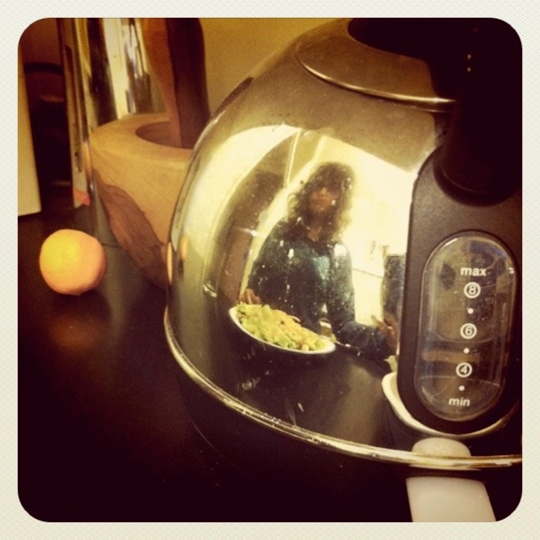 I always notice my reflection in the kettle when I cook.