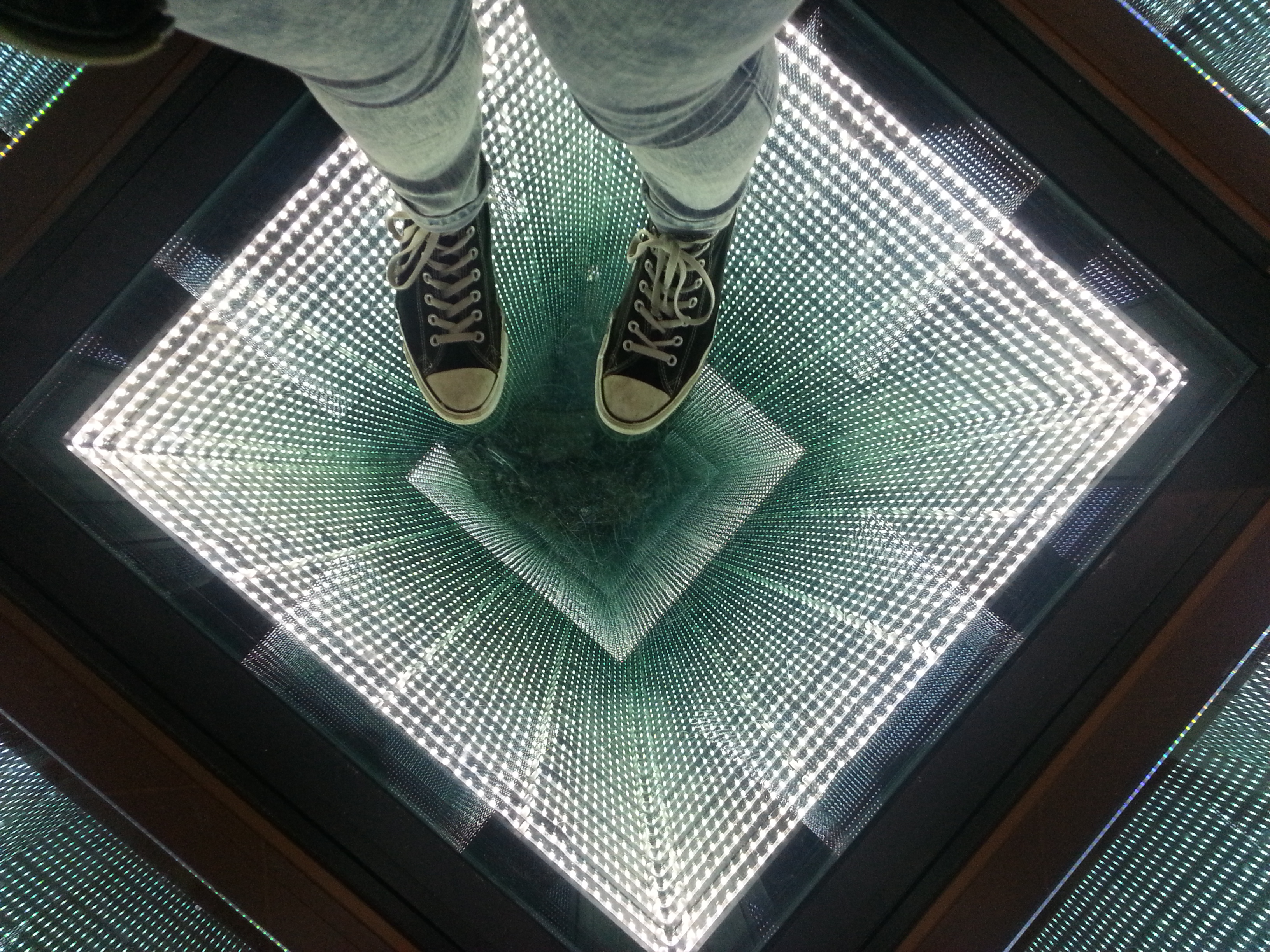 Infinity Mirror Floor Choice Image - home furniture designs pictures
