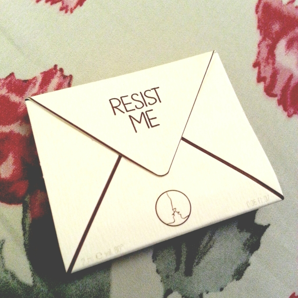 birchbox august 2014 resist me