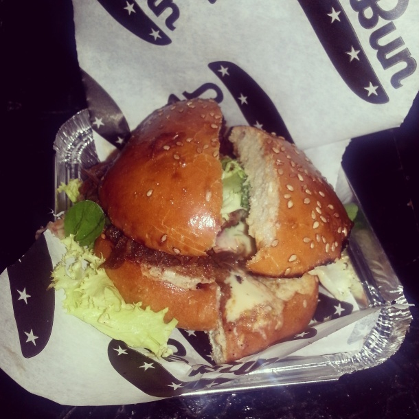 National Burger Day 2014 - Le Bun burger