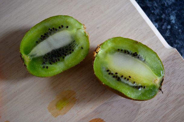 Mango Kiwi Mint Smoothie - 05