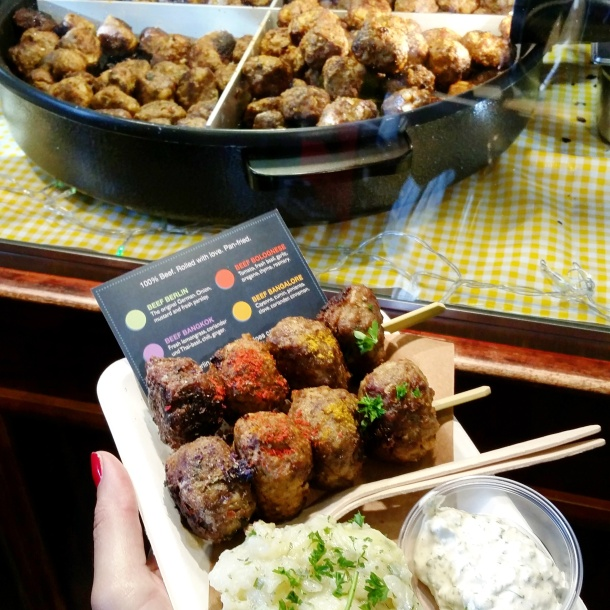 10 Trying all the Berlin Beef Balls