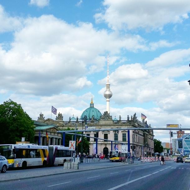 11 Obligatory tourist shot of Berlin near Muesum Island