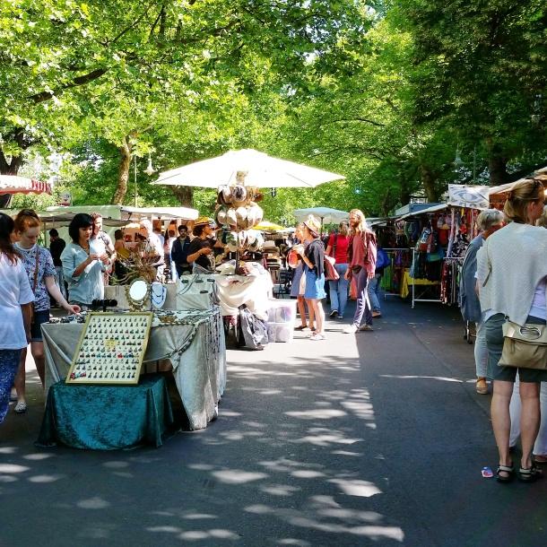 2 Kollwitzstrasse Market 1