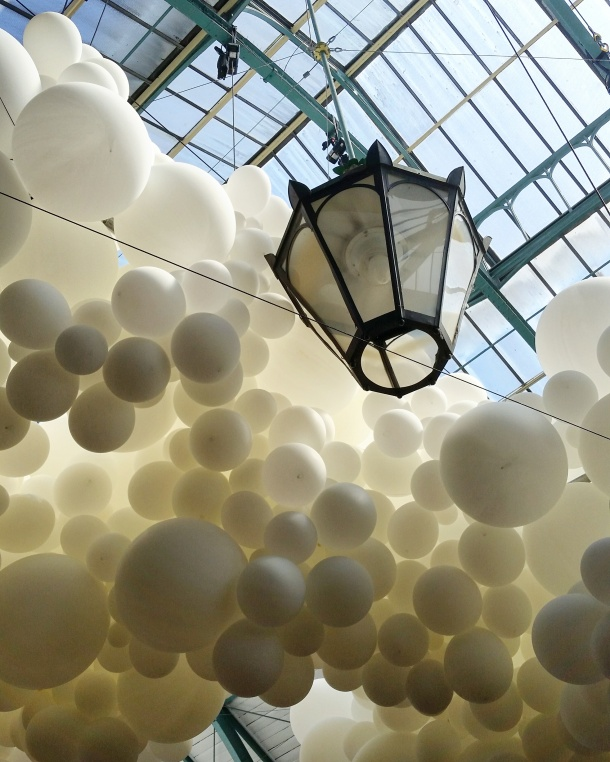 Charles Pétillon's Heartbeat featuring 100,000 balloons at Covent Garden, London 6