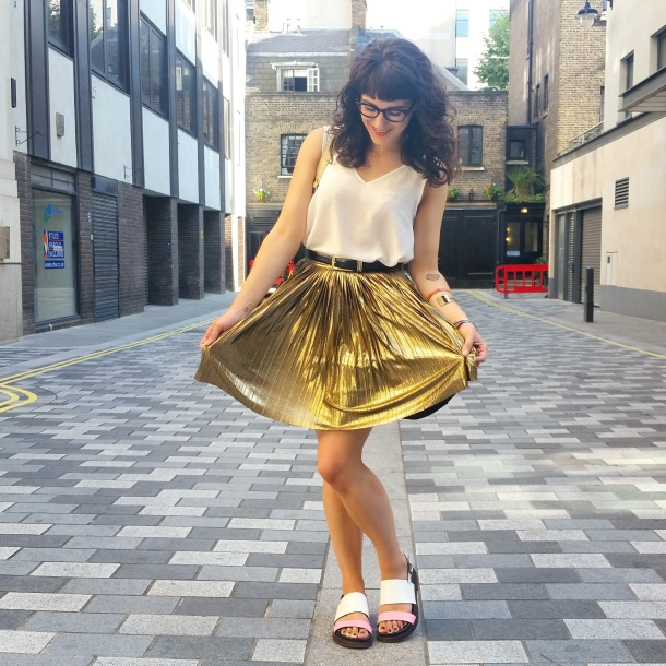 What I Wore - white v neck and gold skirt for summer 5