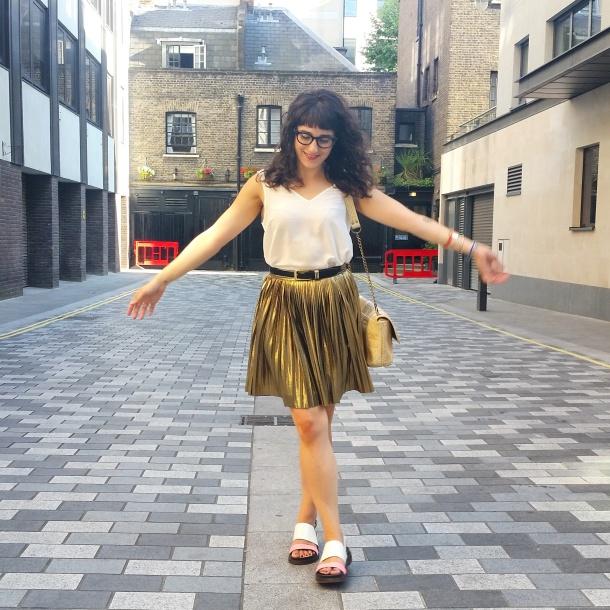 What I Wore - white v neck and gold skirt for summer 6