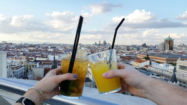 12 Cocktails at the Círculo de Bellas Artes