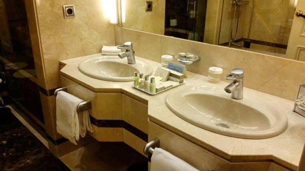 14 Bathroom sinks at Wellington hotel