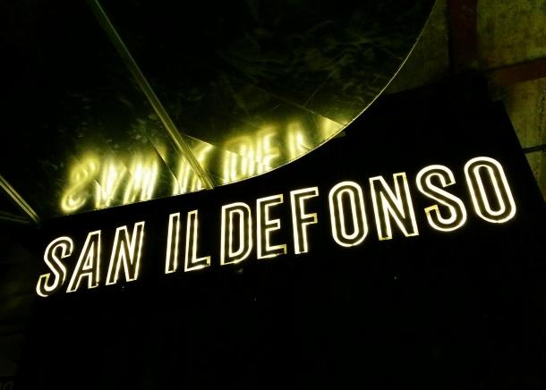 18 Neon sign at Mercado de san Ildefonso