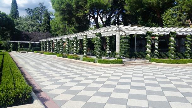 18 Parque del Retiro - Los Jardines de Cecilio Rodríguez