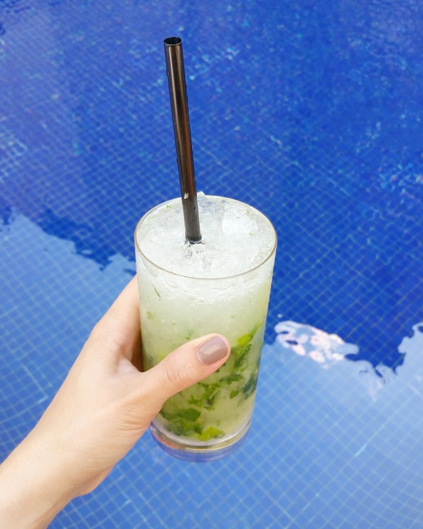 4 Mojito in hand by the pool at Wellington Hotel