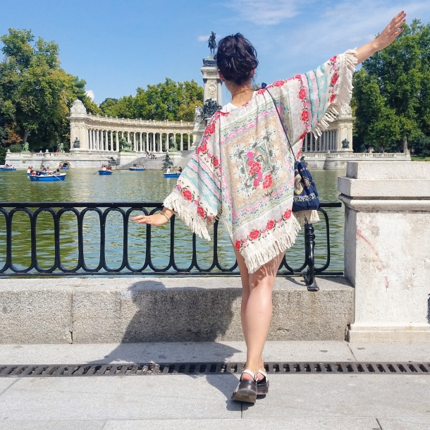 4 What I Wore - crop top, high waisted shorts and kimono jacket