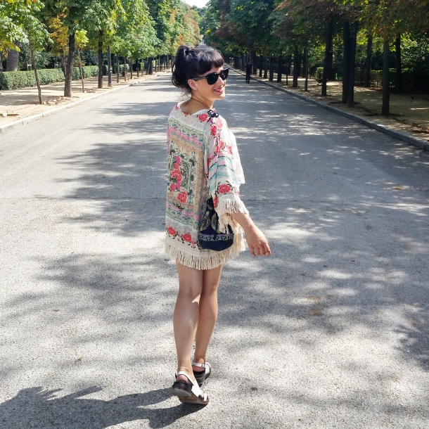7 What I Wore - crop top, high waisted shorts and kimono jacket