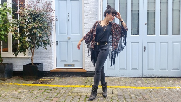 Call Me Katie - What I Wore - Ichi Marble Pendant Necklace, ASOS V neck vest top, All Saints high waist skinny jeans and cowgirl boots - 10