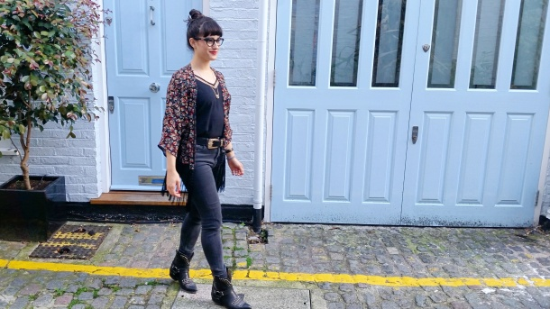 Call Me Katie - What I Wore - Ichi Marble Pendant Necklace, ASOS V neck vest top, All Saints high waist skinny jeans and cowgirl boots - 6