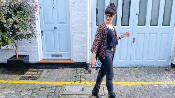 Call Me Katie - What I Wore - Ichi Marble Pendant Necklace, ASOS V neck vest top, All Saints high waist skinny jeans and cowgirl boots - 7
