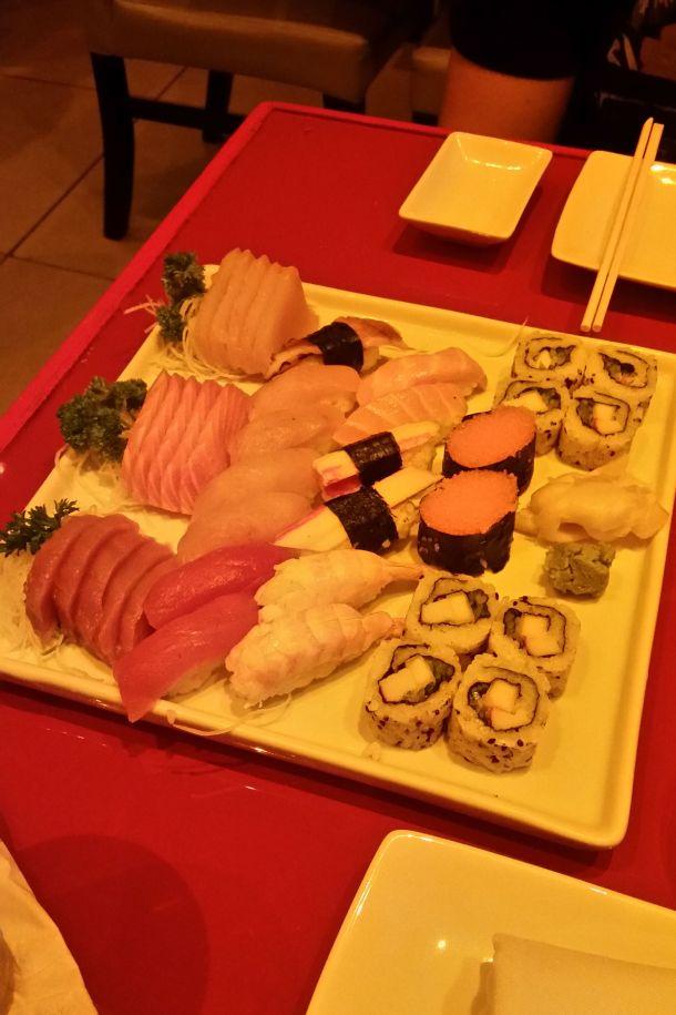 Call Me Katie - Sushi in Rio de Janeiro, Manekineko and Nik in Ipenema - 03