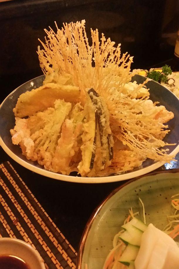 Call Me Katie - Sushi in Rio de Janeiro, Manekineko and Nik in Ipenema - 11