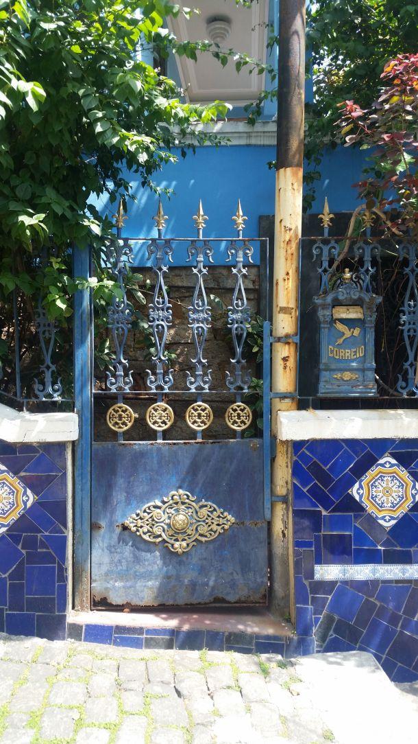 Call Me Katie - Escadaria Selarón in Lapa, Rio de Janeiro - 07