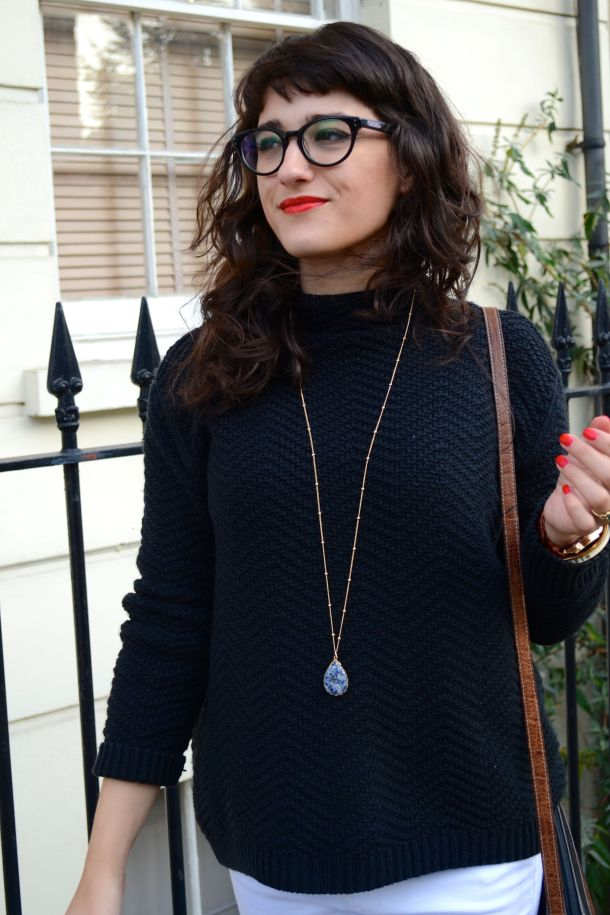 Call Me Katie - White jeans, black sweater and ankle boots for a day to night winter look - 01