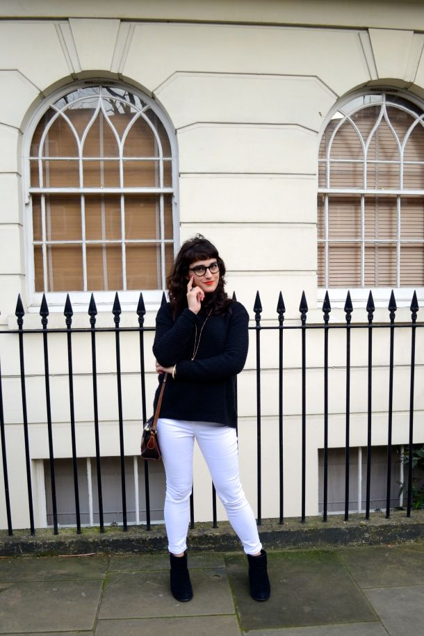 Call Me Katie - White jeans, black sweater and ankle boots for a day to night winter look - 03