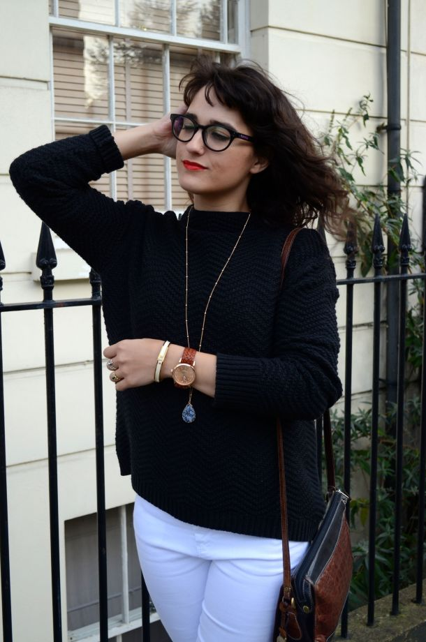 Call Me Katie - White jeans, black sweater and ankle boots for a day to night winter look - 07