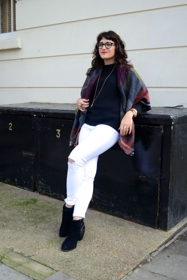 Call Me Katie - White jeans, black sweater and ankle boots for a day to night winter look - 09