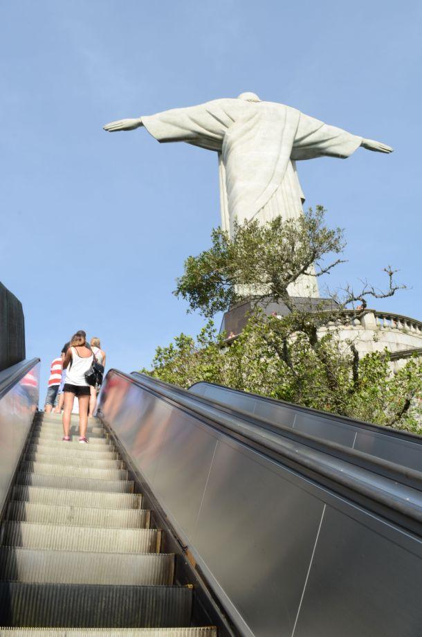 Call Me Katie - Cristo Redentor, Christ the Redeemer in Rio de Janeiro - 14