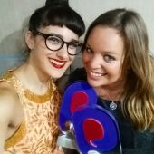 Katie Poole and Sophie Mindell - Social Buzz Awards Winner Selfie