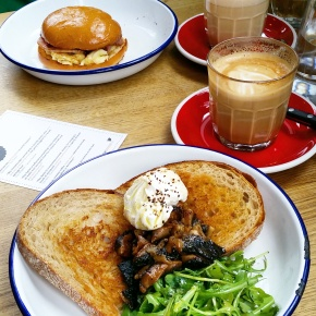 Sunday brunch & What I Wore at The Spoke in Islington, NorthLondon