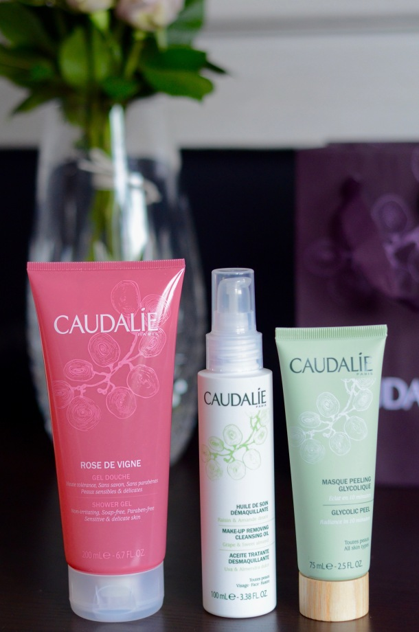 Call Me Katie - Reviewing Caudalie Make-up Removing Cleansing Oil, Rose De Vigne Shower Gel and Glycolic Peel Mask - 2 of 9