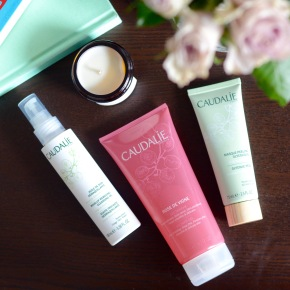 Meeting Caudalíe… and trying out the Rose de Vigne Shower Gel, Make-up Removing Cleansing Oil and GlycolicPeel