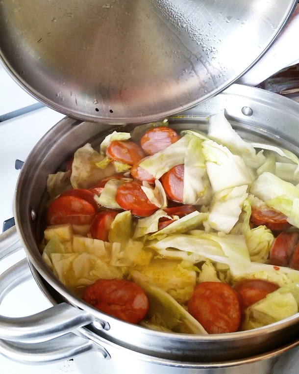 Call Me Katie - cooking corned beef and cabbage with chorico for Easter lunch with the family