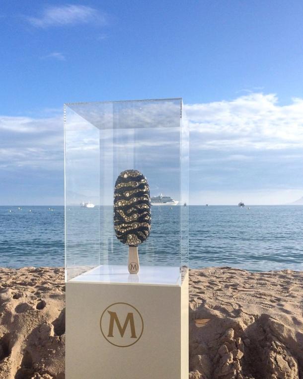 Call Me Katie - Magnum Cannes - Magnum sculpture on the beach