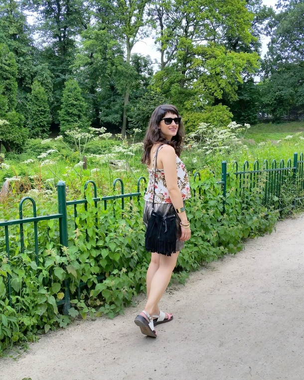 Call Me Katie - What I Wore - gold leather shorts and a palm print vest top for a weekend walk in the park 3
