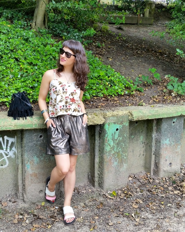Call Me Katie - What I Wore - gold leather shorts and a palm print vest top for a weekend walk in the park 9