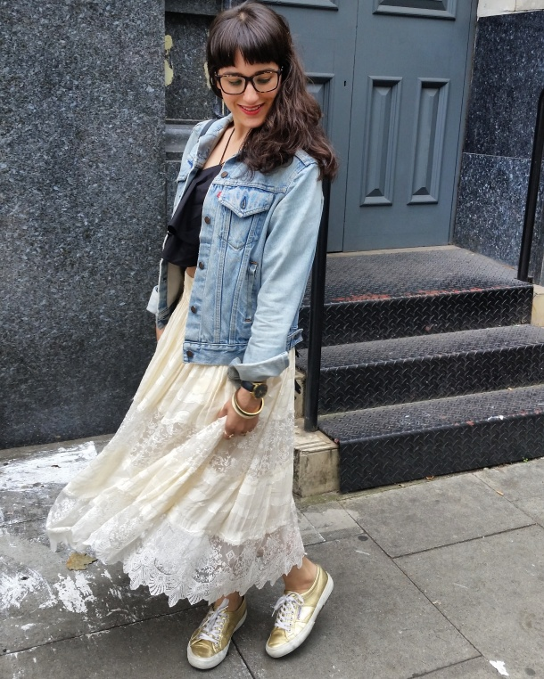 Call Me Katie - What I Wore - Lace Skirt and Zara crop top with gold trainers for a weekend look 2