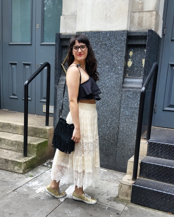 Call Me Katie - What I Wore - Lace Skirt and Zara crop top with gold trainers for a weekend look 9
