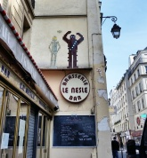 Call Me Katie - Instagramable Spots in Paris - Brasserie le Nesle Bar