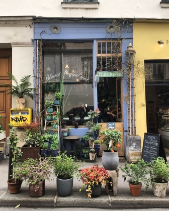 Call Me Katie - Instagramable Spots in Paris - flower shops