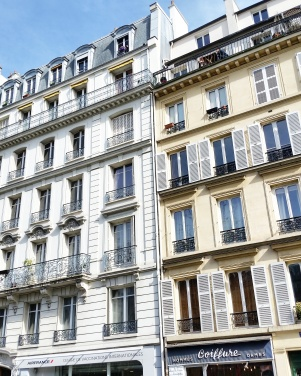 Call Me Katie - Instagramable Spots in Paris - house fronts
