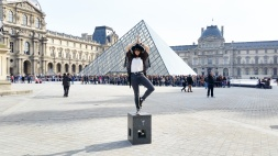 Call Me Katie - What I Wore In Paris - Zara Fedora Kate Spade Bag Levi Jeans Converse at the Louvre