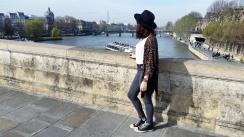 Call Me Katie - What I Wore In Paris - Zara Fedora Kate Spade Bag Levi Jeans Converse Topshop Kimono by the Seine