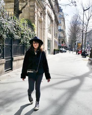 Call Me Katie - What I Wore In Paris - Zara Fedora Kate Spade Bag Levi Jeans Faux Fur Coat 2