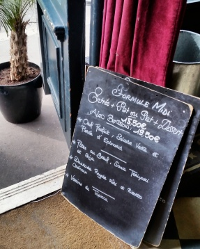 Call Me Katie - Where to Eat in Paris - Hotel du Nord - chalkboard menu