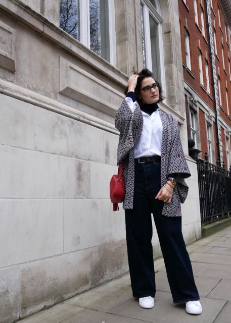 call-me-katie-style-fashion-blog-turtlenecks-blouses-kickflare-wideleg- - 4