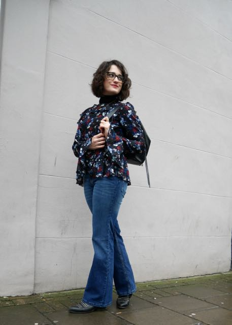 call-me-katie-style-fashion-blog-turtlenecks-blouses-kickflare-wideleg- - 8