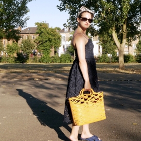 What I wore: a lace midi dress and slides for a sunny summer day in thepark